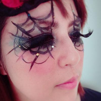 ハロウィンメイク・クモの巣